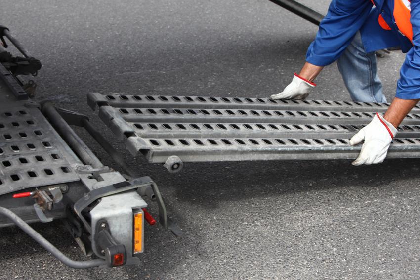 mise-en-place-des-rampes-camion-transports-rabouin